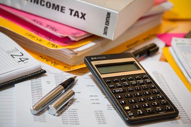 Na jakie podatki musi być przygotowany przedsiębiorca i od czego one zależą?